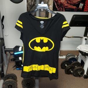 DC Comics Batman juniors 2xl cape tshirt